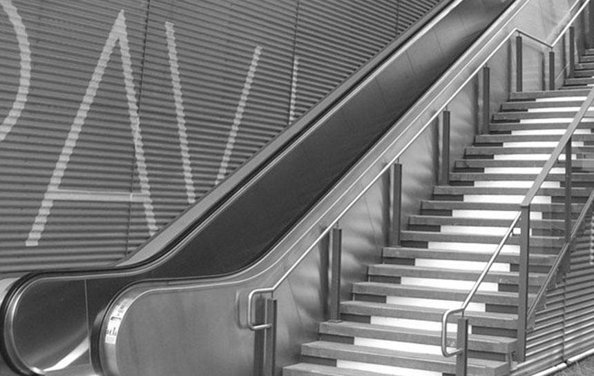 Stainless Steel Escalators : Anti finger stainless steel surface finishing services